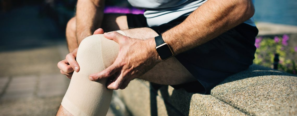 The use of platelet-rich plasma therapy can reduce the risk of a second meniscus failure after operation but does not seem to protect patients who have had surgery to repair an anterior cruciate ligament